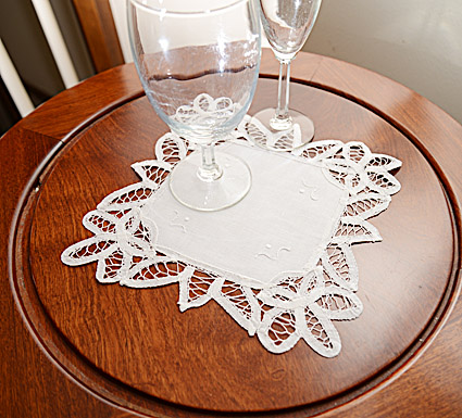 Battenburg Lace.Square Doilies.9x9in. White. 6 PCS.